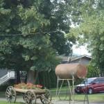 2011 162 - garden planter and oil tank